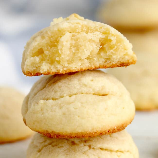 3 stacked butter cookies