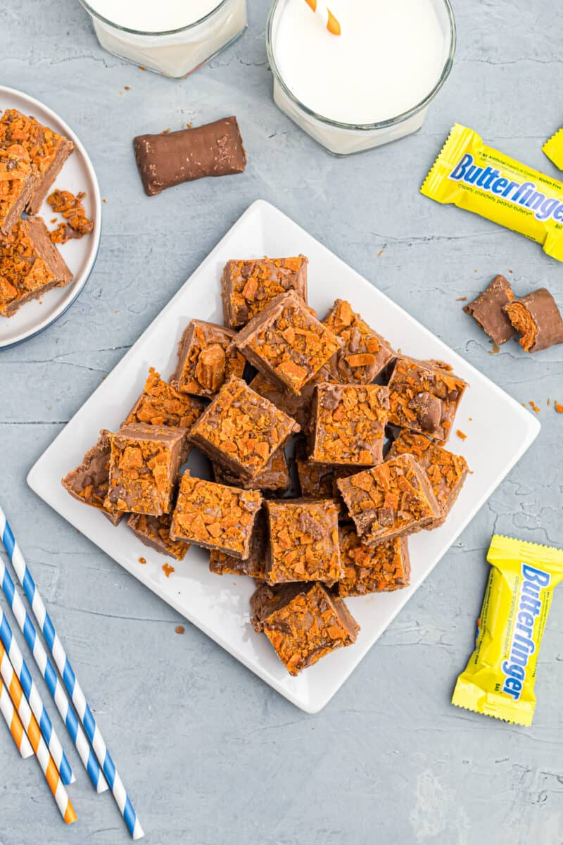 plate with sliced butterfinger fudge