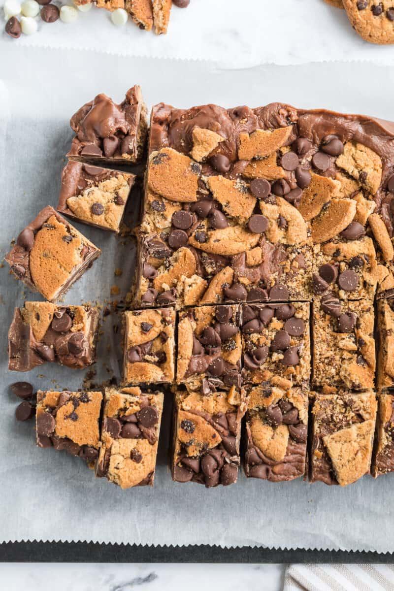 sliced chocolate chip cookie fudge