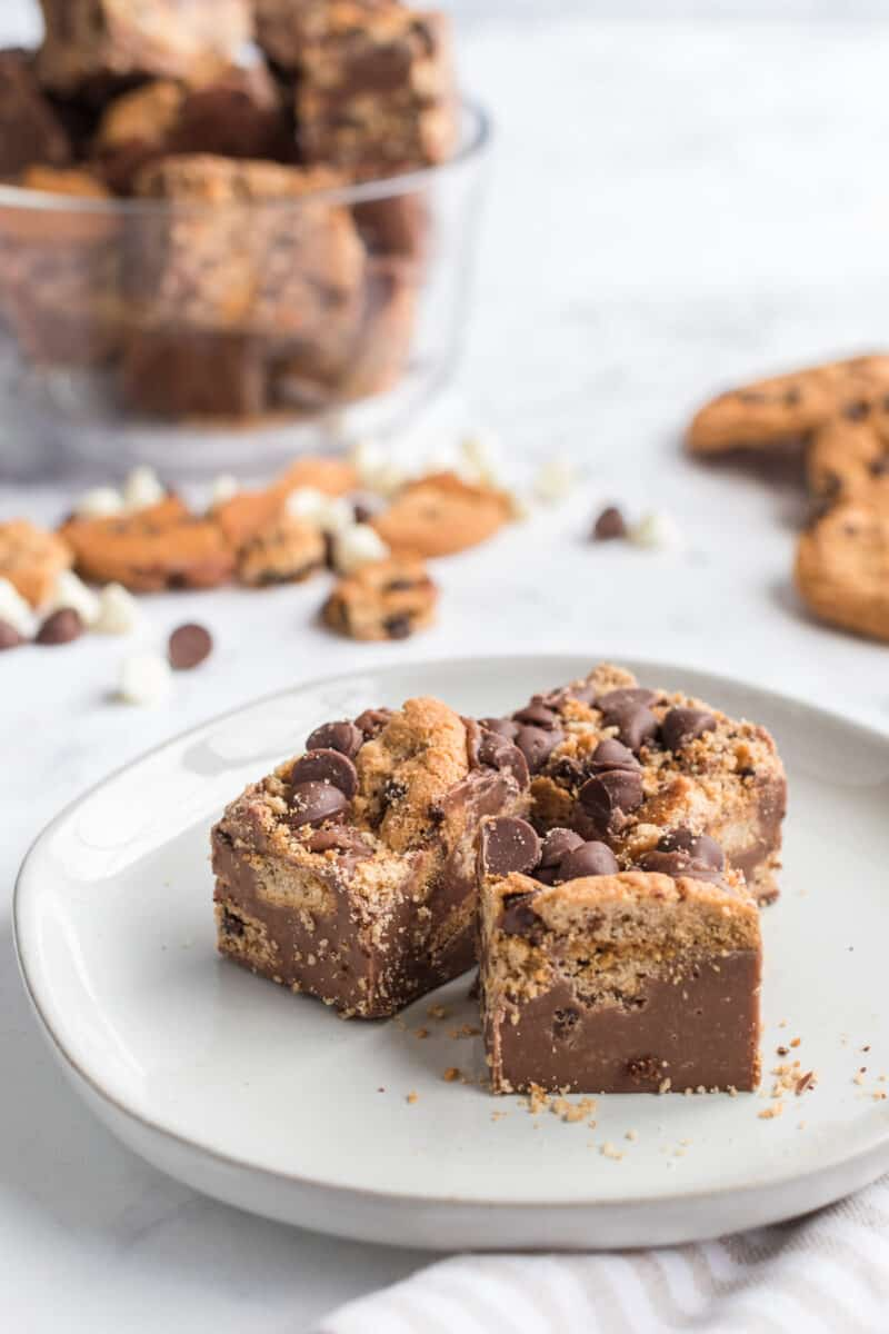 sliced chocolate chip cookie fudge on white plate