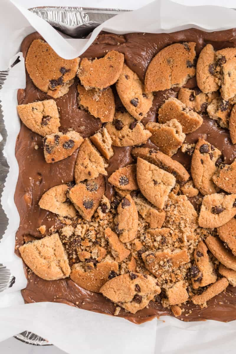 chocolate chip cookie fudge in dish