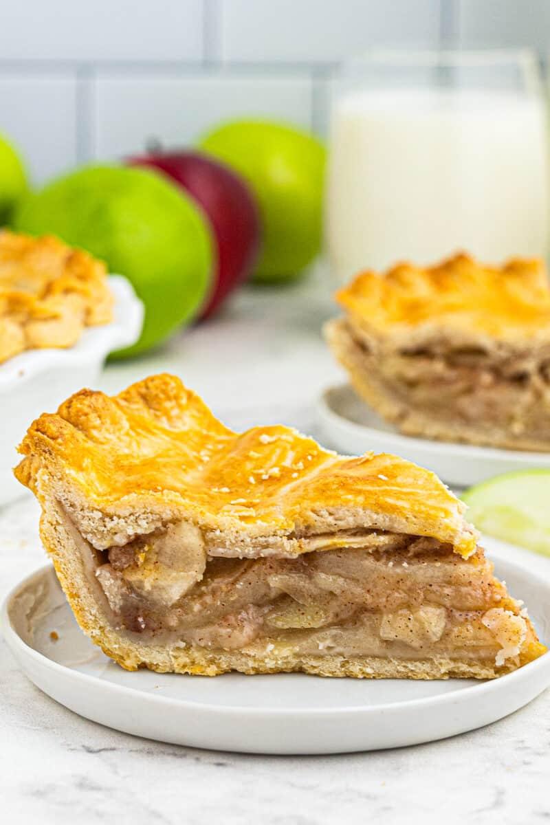 slice of apple pie on plate