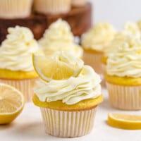 lemon cupcakes featured image
