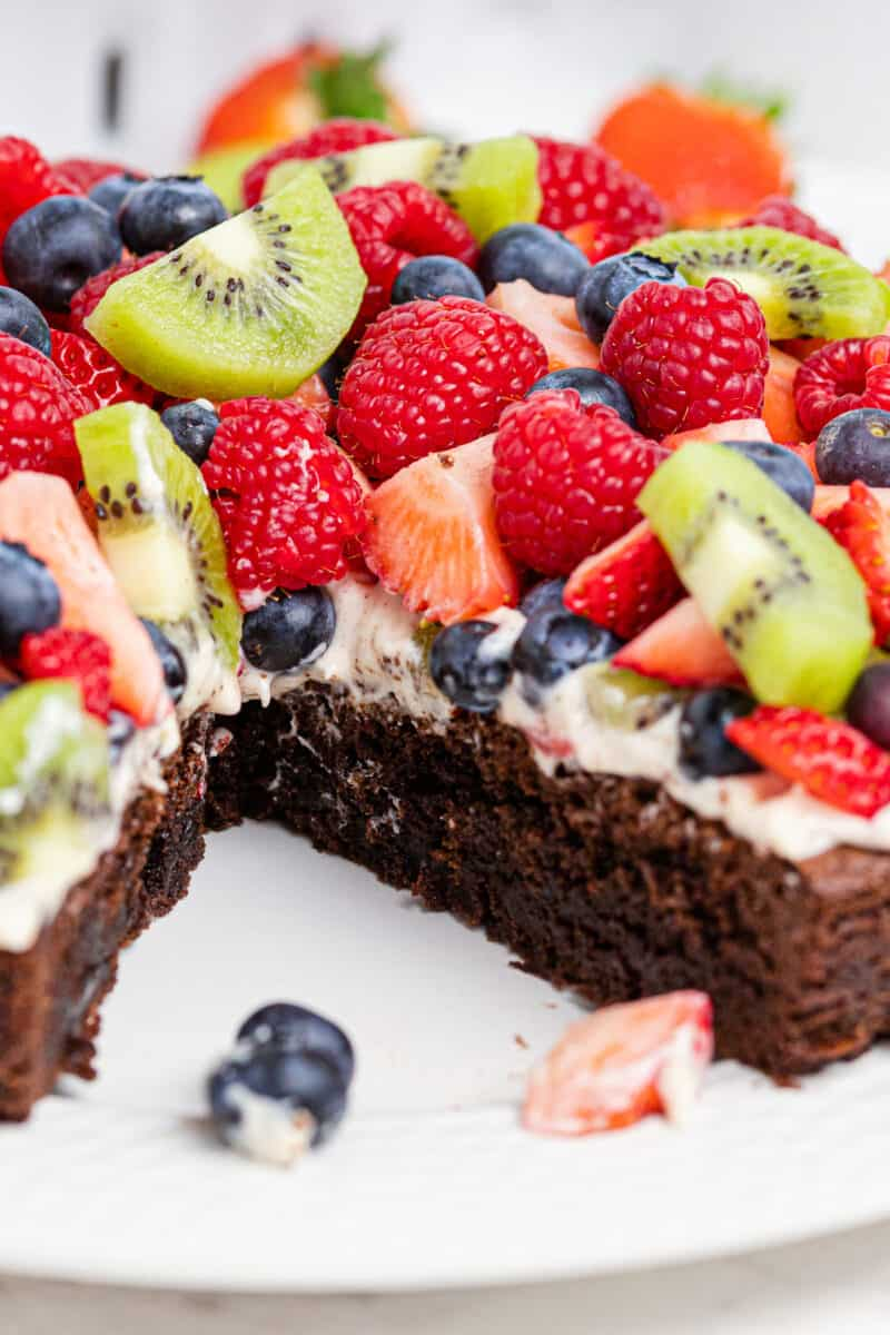 up close brownie with fruit pizza topping