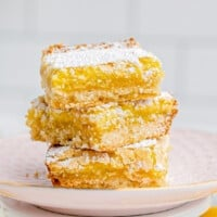 featured lemon bars