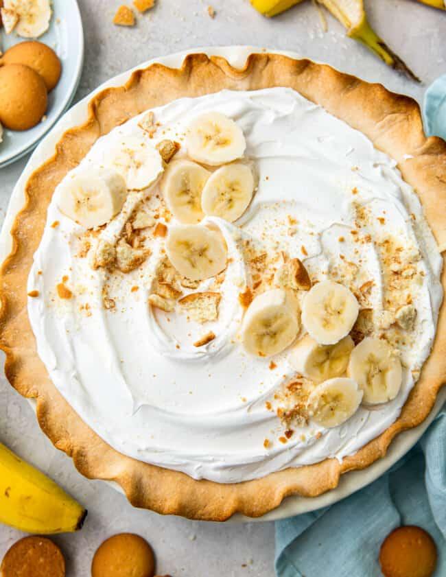 overhead banana cream pie