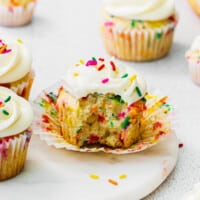 featured funfetti cupcakes