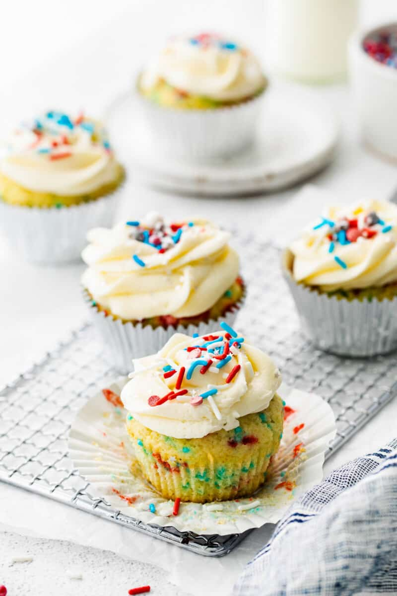 fourth of july cupcakes with frosting and sprinkles
